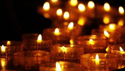 Праздник подношения тысячи лампад отмечают в Калмыкии