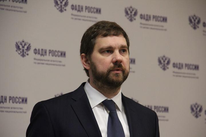 Баринов заявил об отсутствии механизма поддержки национальных культурных автономий