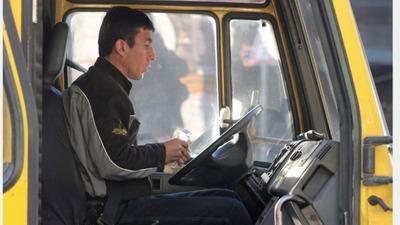 Работающим водителями мигрантам запретили ставить в маршрутках музыку не на русском языке