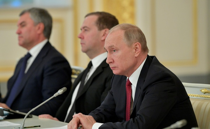 Путин предложил наделять новым статусом НКО, успешно реализовавшие проекты