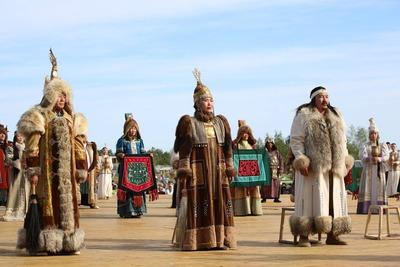 """Фестиваль """"Встреча Шедевров ЮНЕСКО на земле Олонхо"""" завершился в Якутии"""