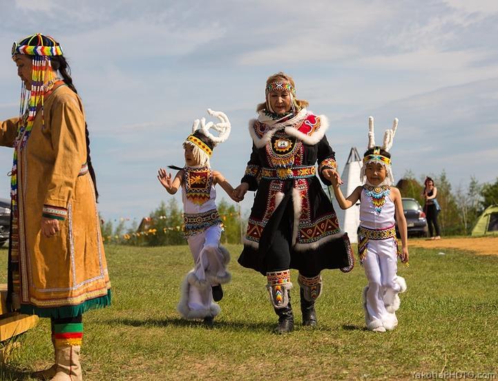 """Праздник малочисленных коренных народов Севера """"Цветение тундры"""""""