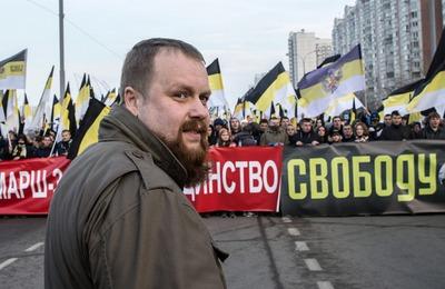 Бабушку националиста Демушкина вызвали в суд