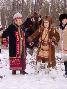 Якутские эвенки накормят огонь в честь первого снега