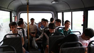 В Петербурге переполнился Центр временного содержания мигрантов