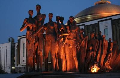 Жертв Холокоста вспомнят на мемориальном вечере в Москве