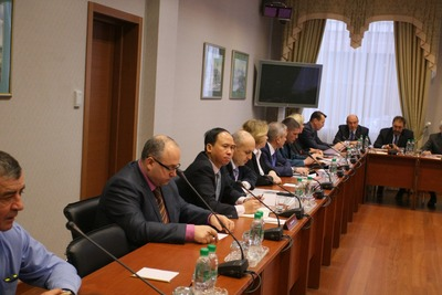 Госсовет Татарстана призвал лидеров НКА повлиять на соотечественников