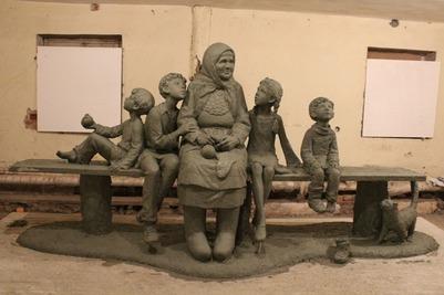 Памятник удмуртской бабушке не установили в назначенный день