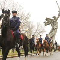 Старт казачьего конного перехода из Волгограда в Севастополь