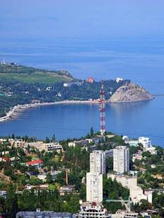Полпред президента РФ в Крыму призвал чиновников сотрудничать с национальными объединениями