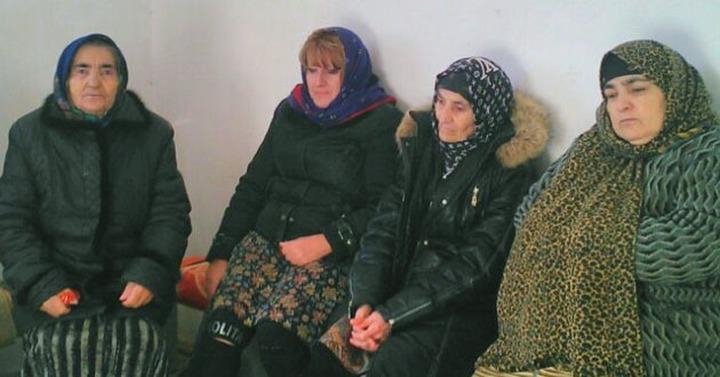 Голодать за возвращение земель в Дагестане остались семь человек