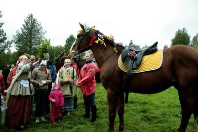 """В """"Малых Корелах"""" выберут самую красивую лошадь и самый большой бутерброд"""