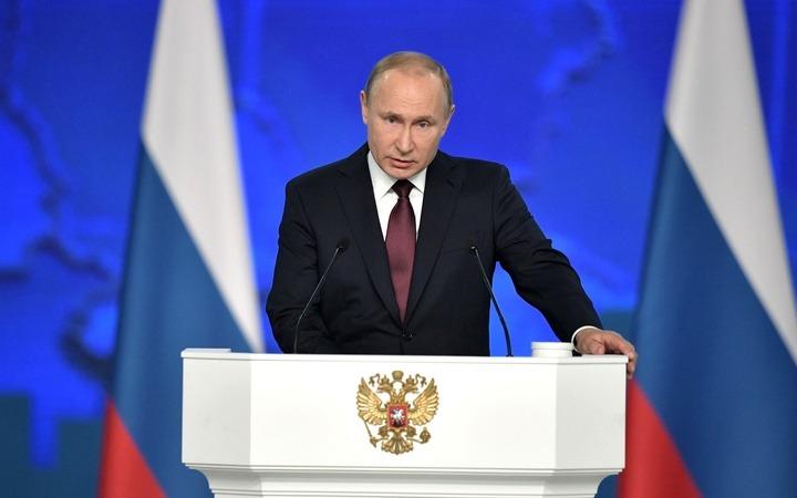 Путин: патриотизм не должен быть затхлым и кислым