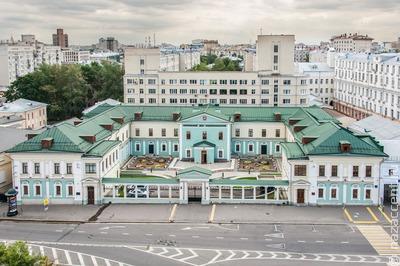Президент России поблагодарил Московский дом национальностей