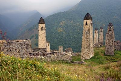 Осетинские семьи выразили желание восстановить родовые башни