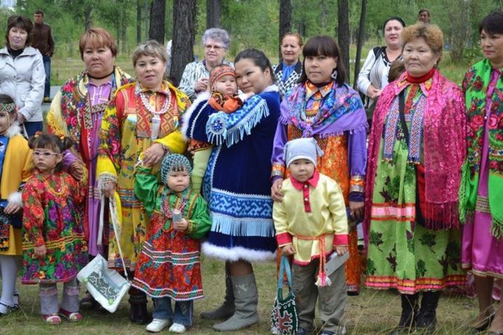 На Ямале наградили хранителей фольклора коренных малочисленных народов
