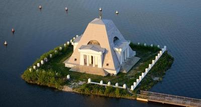 Татарские националисты выступили против обустройства храма-памятника воинам Ивана Грозного