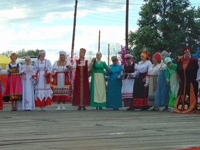 """Фестиваль """"Мост дружбы"""" в Тюмени представит более 20 национальных подворий"""