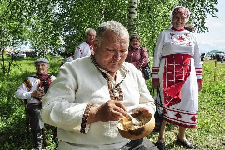 Жителей Ижевска накормят обрядовой кашей