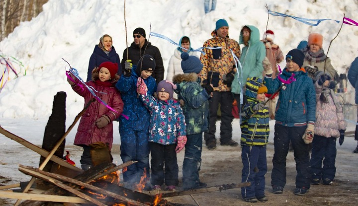 Обряд на приход весны и уход коронавируса провели в Сургуте