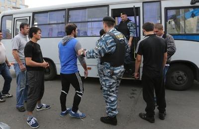 Полицию предложили наделить полномочиями штрафовать мигрантов за нелегальный труд
