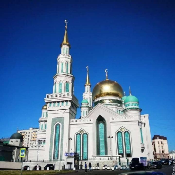 Праздничная молитва в Соборной мечети в честь Ураза-байрама пройдет без верующих из-за коронавируса