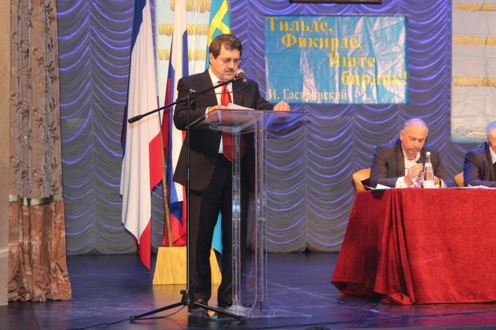 Крымские татары потребуют снятия санкций с России