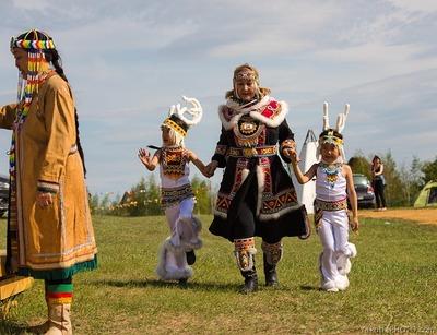Молодежной организации коренных народов дали полмиллиона на создание этноколлекции