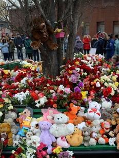 В России объявлен национальный траур по погибшим в Кемерово