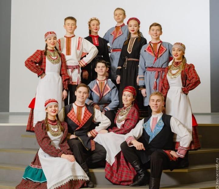 Масштабное этно-шоу с участием 100 танцоров состоялось в Ижевске