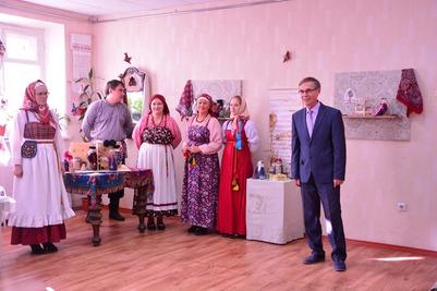 """Выставка кукол """"Все как у людей"""" приедет в Санкт-Петербург"""