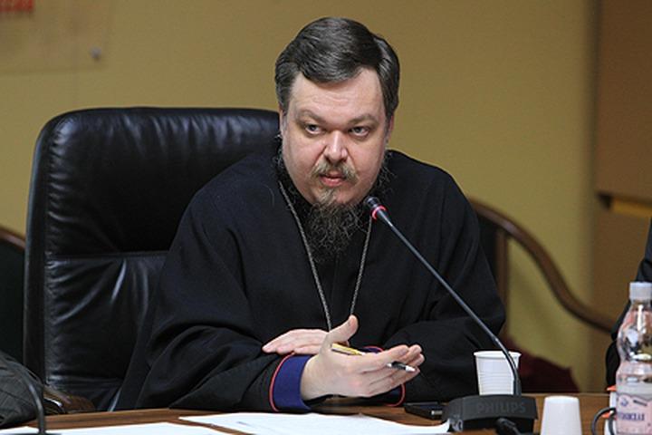 В Московском патриархате призвали жестко наказывать попирающих нормы общежития в русских городах