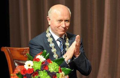 Самарский губернатор ушел в отставку и стал представителем президента у финно-угров