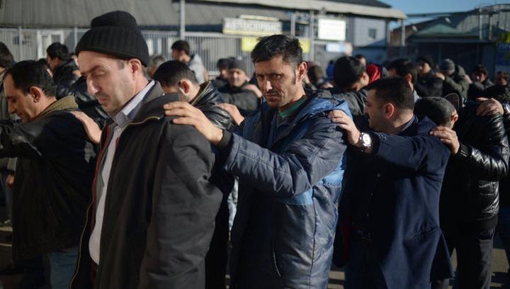 Из тысячи задержанных в Бирюлеве нелегалов депортировали только шестерых