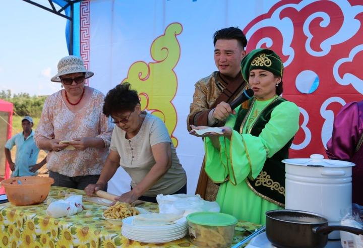 Мастер-классы по приготовлению блюд народов России пройдут онлайн в Иркутской области