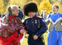 Казаки посоревнуются в танце с оружием на шермициях в Дагестане