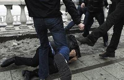 Новосибирские националисты получили условные сроки за избиение армянина