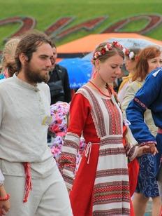 """Почти 12 тысяч стаканов чая выпили москвичи во время """"Самоварфеста"""""""
