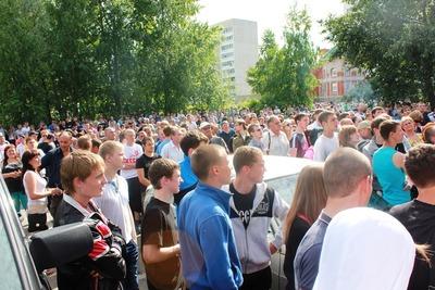 Народный сход после драки в Удомле собрал около тысячи человек