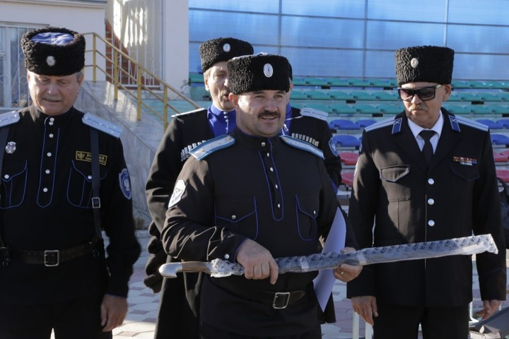 """Общевойсковые """"Казачьи шермиции"""" прошли в Кизляре"""