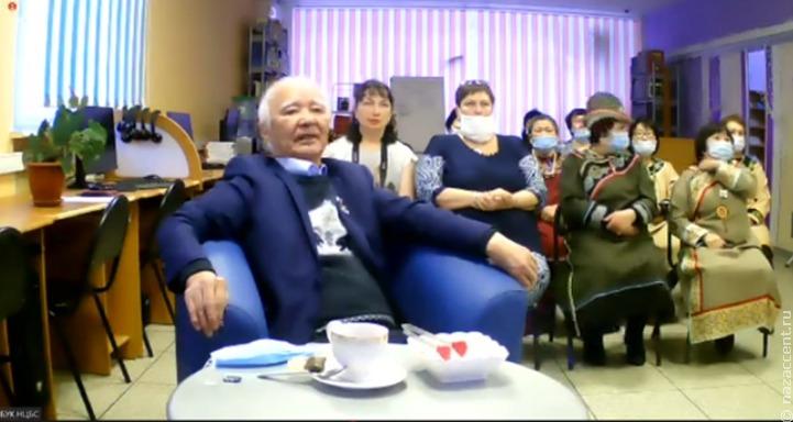В Якутске презентовали сборник нивхских сказок на семи языках