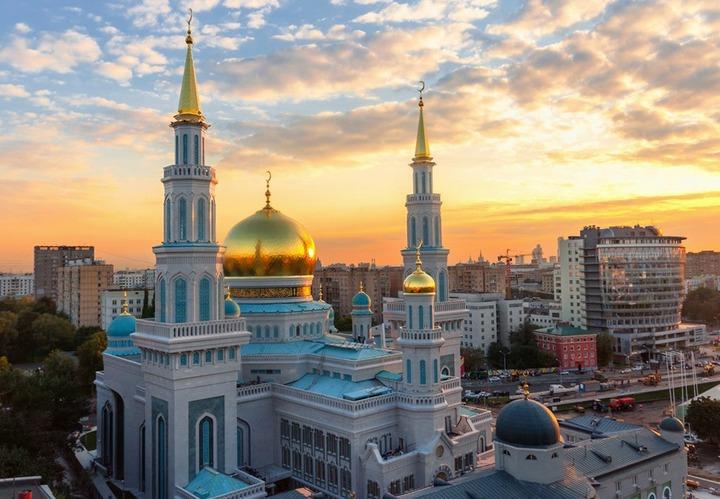 Более 40 площадок для празднования Ураза-байрама выделят в Москве и Подмосковье
