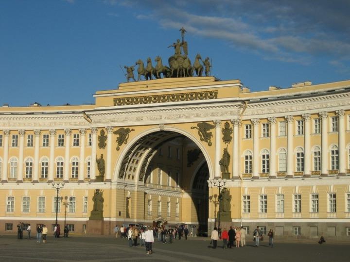 В Петербурге воспитанием толерантности займется бывший силовик