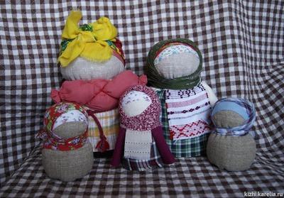 В Карелии покажут полторы сотни традиционных народных кукол