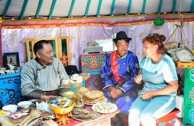 Лучших мастеров по приготовлению чинге-тараа и арбай далганы определят в Тыве
