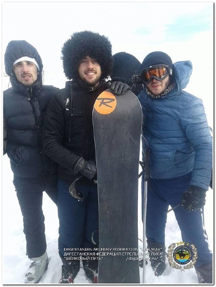Дагестанские лучники оседлали сноуборды