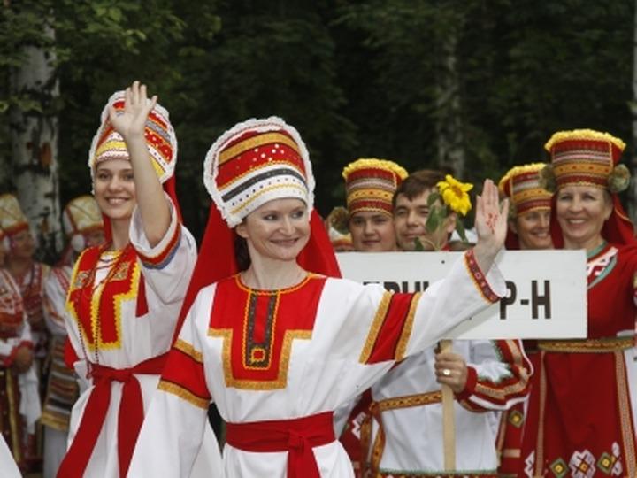 Минрегион: В школах России, помимо государственного, обучение ведется на 24 языках