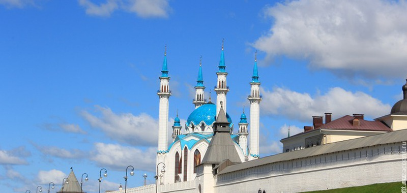 Опрос: россияне назвали религию одной из запретных тем для шуток