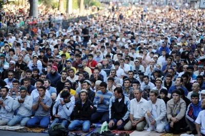 В мусульманских республиках Ураза-Байрам объявлен выходным днем