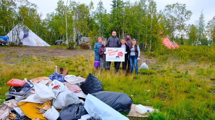 Оленеводы Ямала провели субботник в тундре